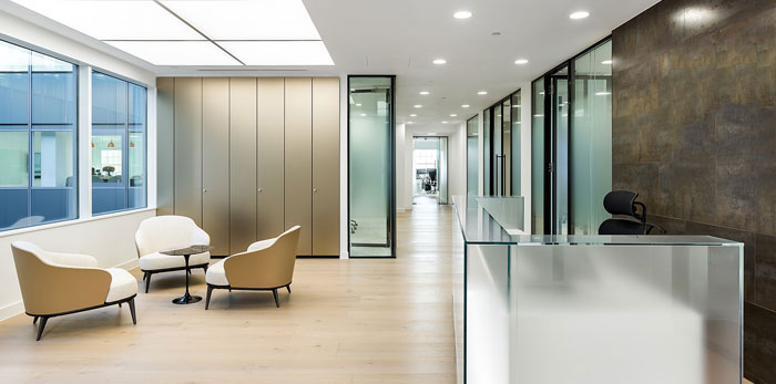 投资公司办公室装修设计效果图