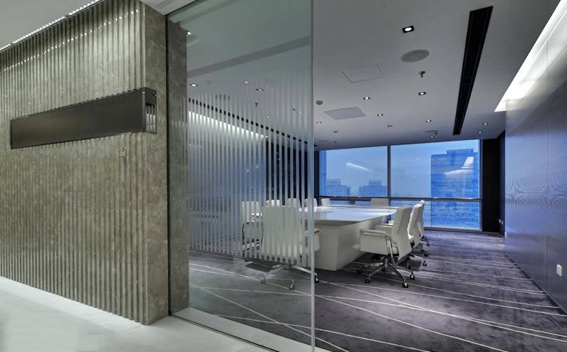 办公室装修设计:现代感