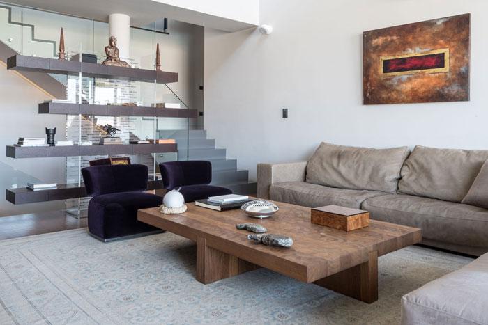 艺术系别墅室内走廊区域软装装修设计案例效果图