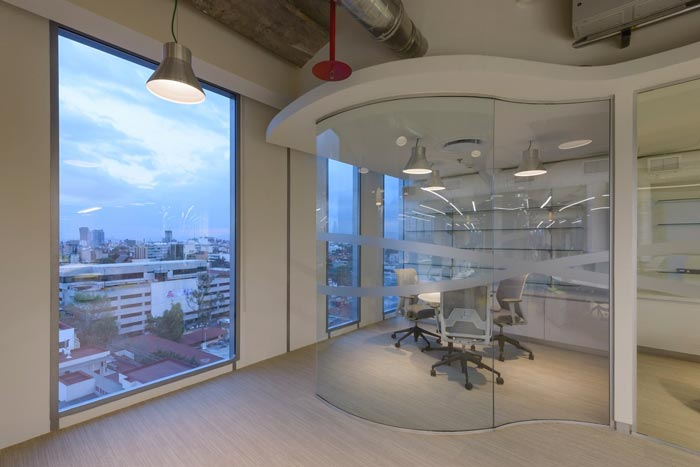 香料公司办公室交流区域装修设计案例效果图