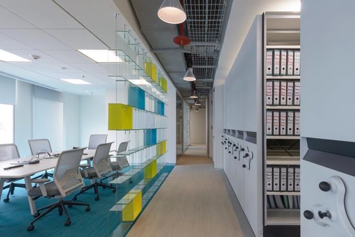香料公司办公室会议室装修设计案例效果图
