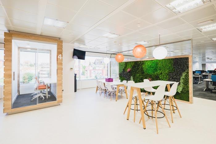 食品公司办公室进门区域装修设计案例效果图