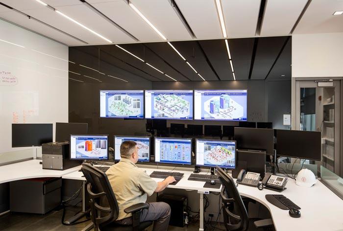 能源厂房控制区装修设计楼梯案例效果图