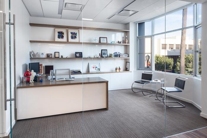 广告公司办公室总经理办公室装修设计案例效果图
