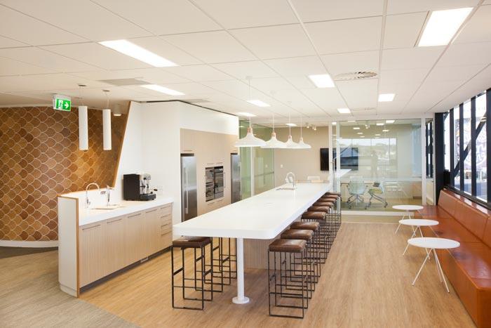 医疗器械公司办公室茶水间装修设计案例效果图