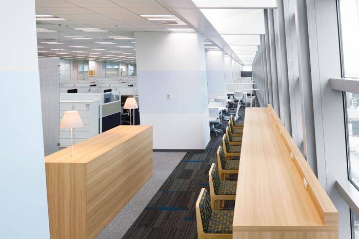 医药中心办公室办公吧台装修设计案例效果图