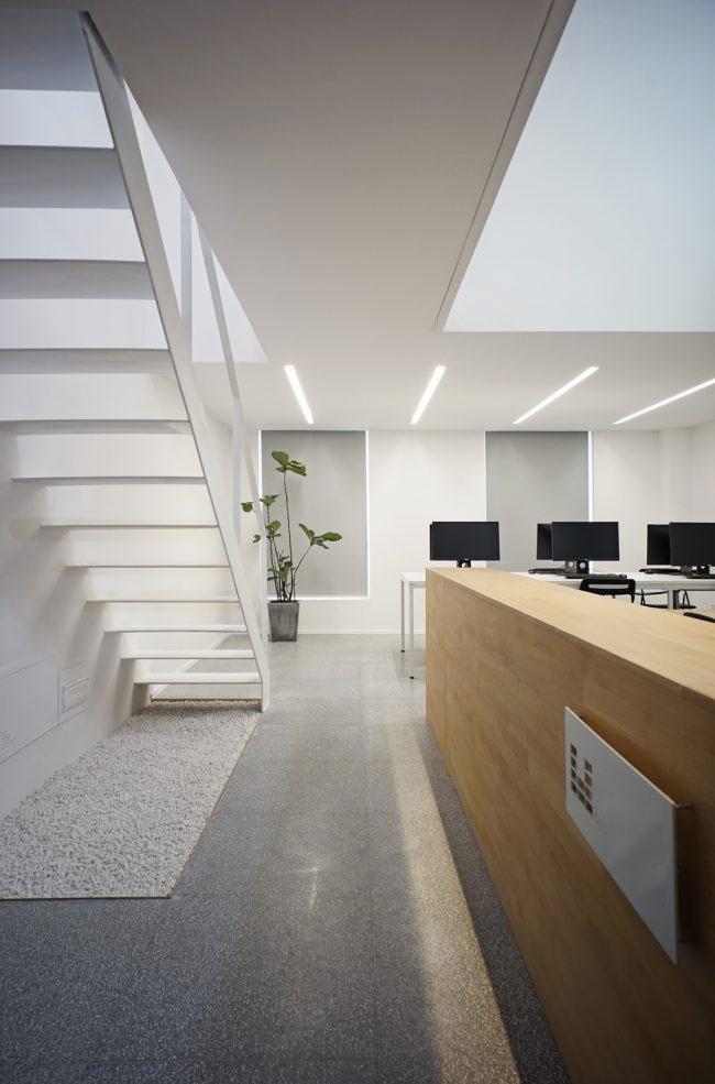复式办公室装修设计入口空间效果图