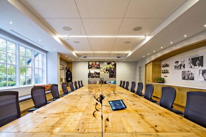 设计实景图讲解到此结束,办公空间一楼的是聚会和合作空间,二楼和三楼