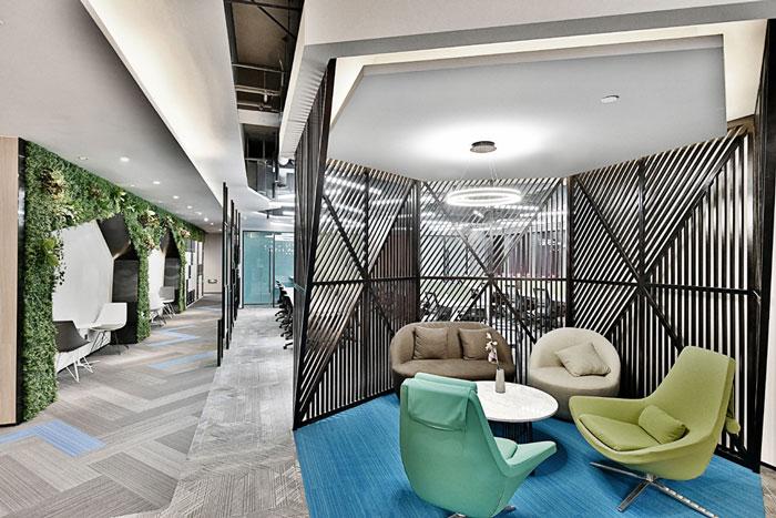 設計效果圖,辦公樓設計面積11000平方,共8層樓,設計師在辦公室設計中