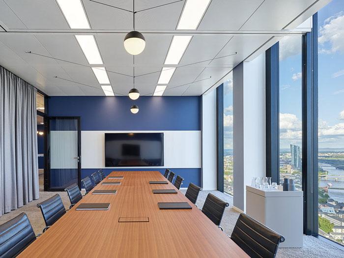 网站首页 关于岚禾 效果图 - 正文    本次为咨询公司办公室装修设计
