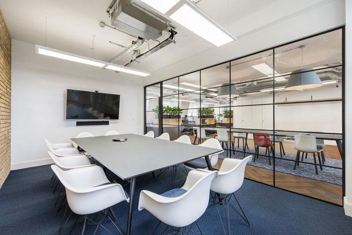 300平方办公室装修设计效果图