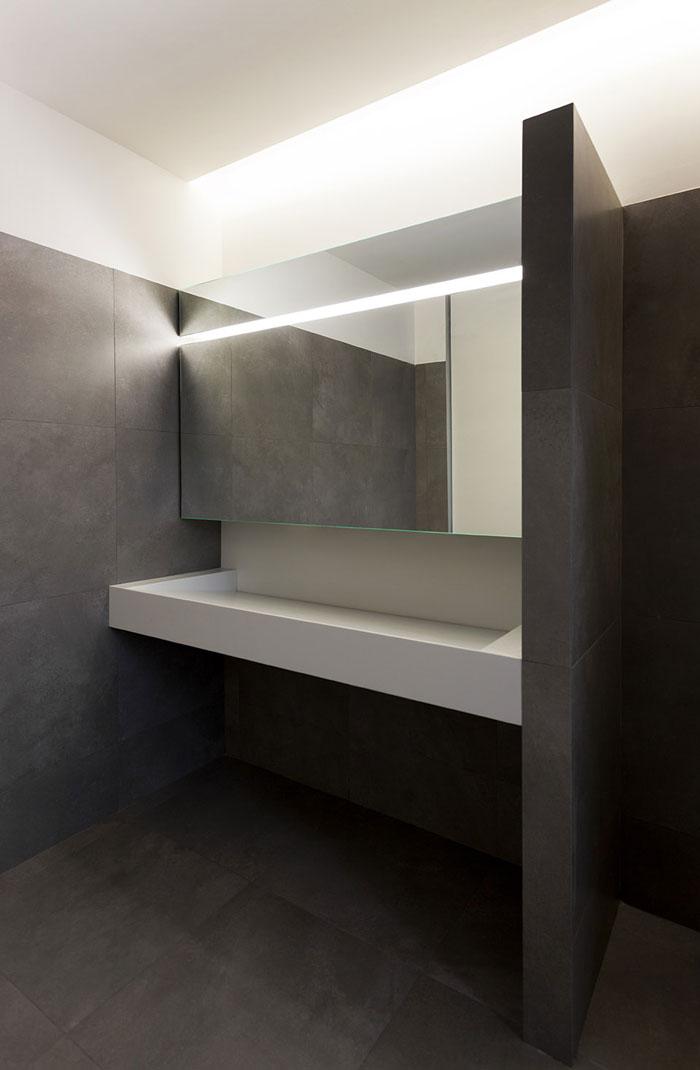 办公楼洗手间装修设计效果图