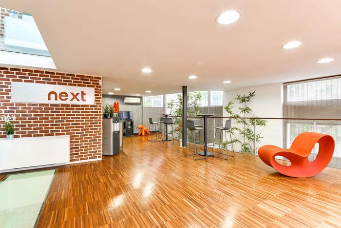 两层550平方办公室茶水间装修设计效果图