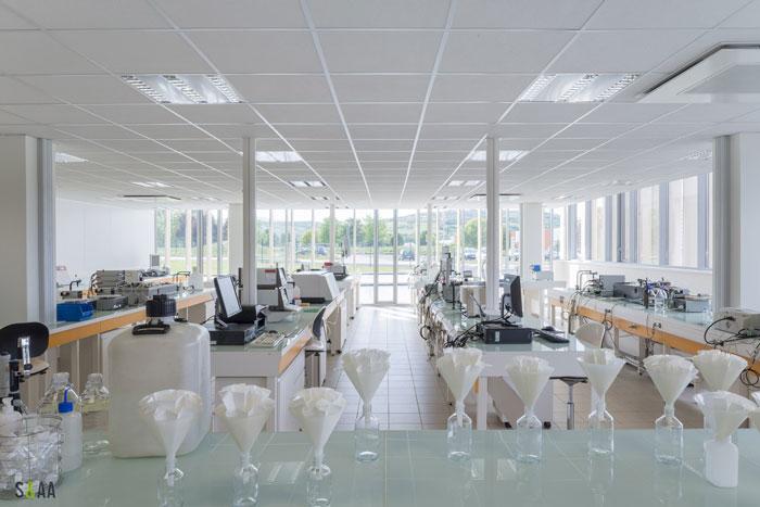 厂房研发中心办公室研发区装修设计效果图