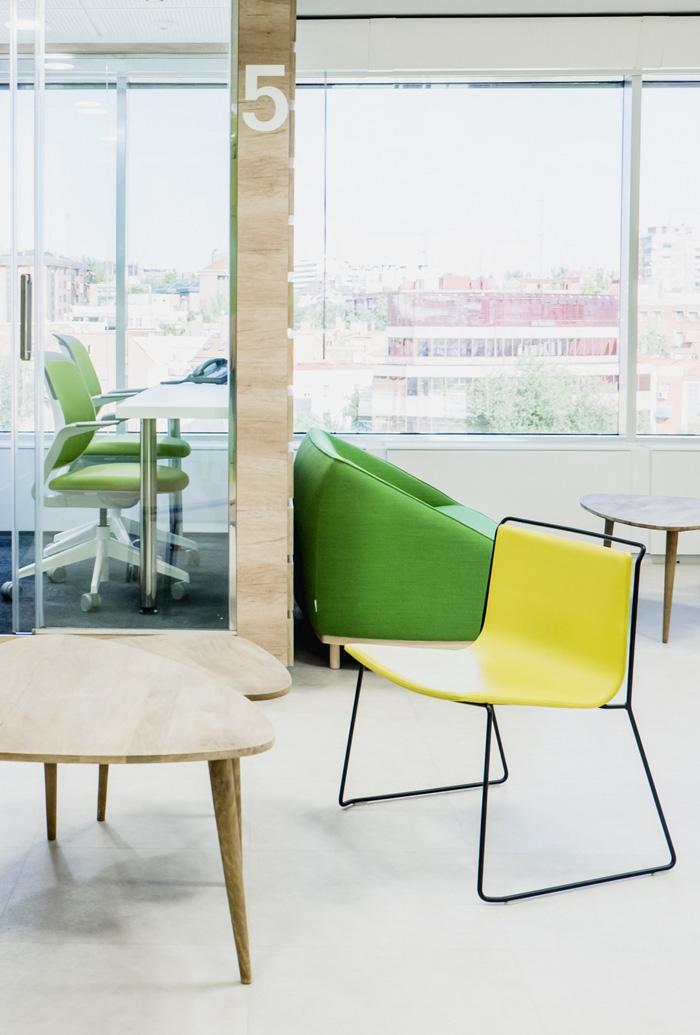 食品公司办公室休息区装修设计效果图