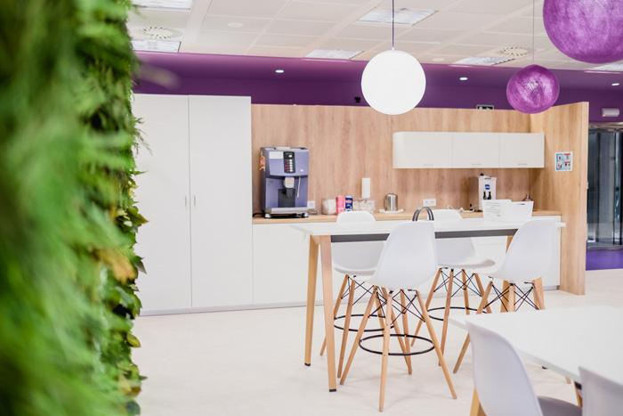 食品公司办公室茶水间装修设计效果图
