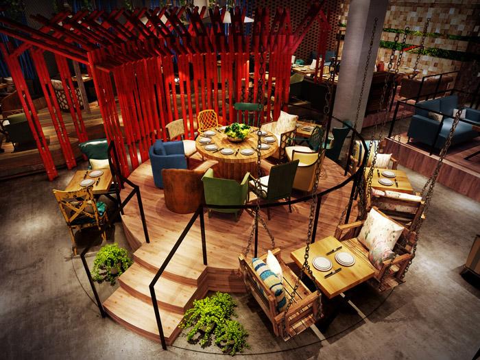 本次為油紙傘主題餐廳裝修設計效果圖,餐廳設計面積740平方,設計師在餐廳設計中,以油紙傘、歷史元素、地域元素為辦公室設計關鍵詞,目的就是希望將一切串聯起來,匯成一個故事。   油紙傘主題餐廳進門區