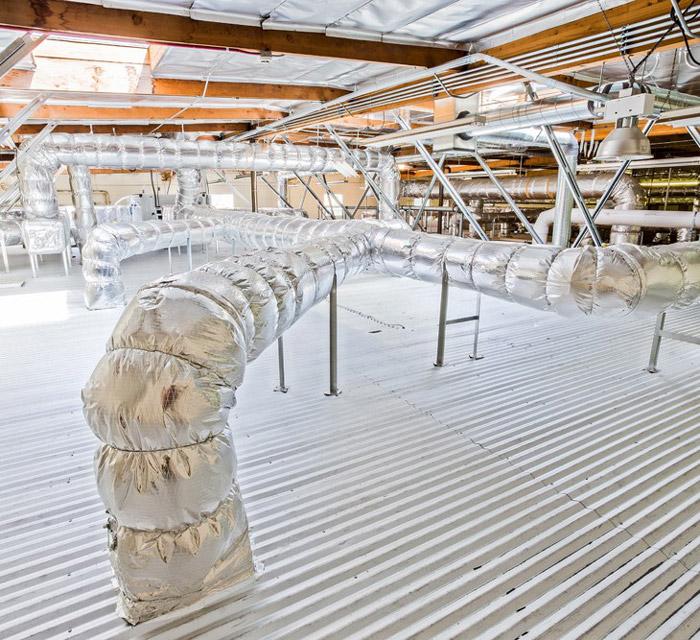 洁净厂房顶部管道装修设计效果图