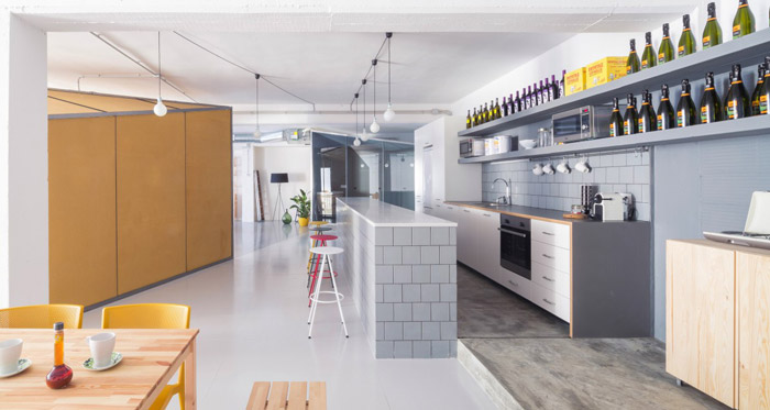 为办公室设计关键词,目的就是希望为企业营造一个开放式的办公空间.