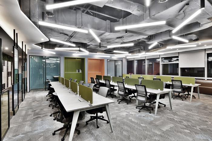 关于岚禾 效果图 - 正文    本次为联合办公装修效果图,办公室设计