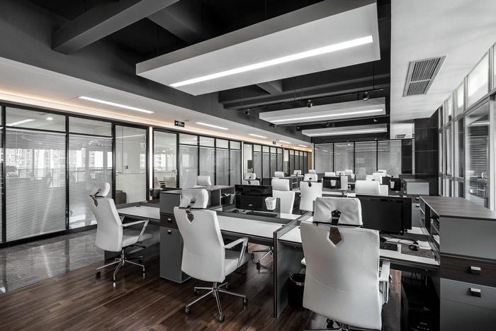 黑白灰办公室装修设计效果图