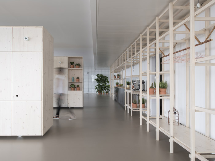 300平方办公室过道装修效果图