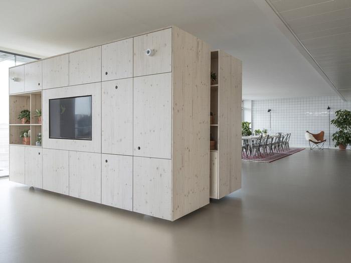 300平方办公室移动柜效果图