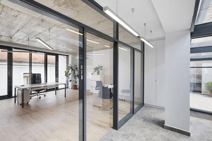 旧厂房改造办公室装修设计效果图
