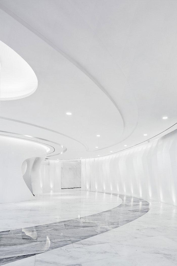 总部办公大楼中庭装修设计效果图