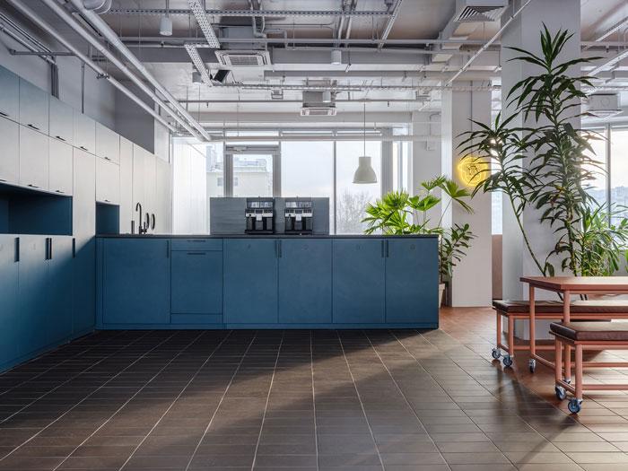 极简办公室茶水间装修设计效果图